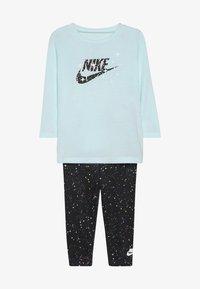 Nike Sportswear - STARRY NIGHT TUNIC SET BABY - Tepláková souprava - black - 3