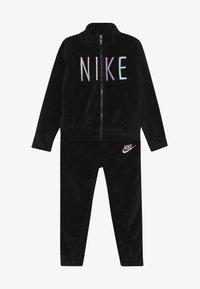 Nike Sportswear - SHINE TRACK BABY SET  - Survêtement - black - 4