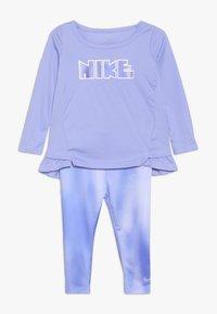 Nike Sportswear - BABY SET  - Chándal - lilac - 0