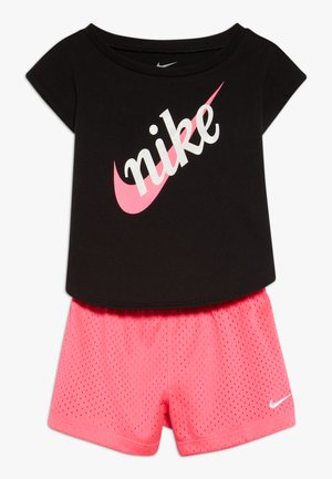 SCRIPT FUTURA  SET BABY - Shorts - hyper pink