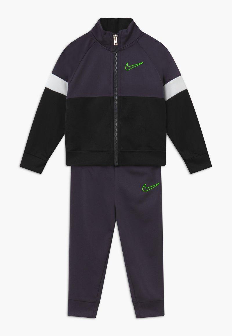 Nike Sportswear - COLOR BLOCK TRICOT BABY SET  - Tepláková souprava - black