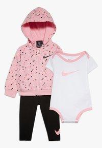 Nike Sportswear - NEW SET BABY - Body - light pink/black - 0