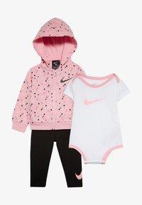 Nike Sportswear - NEW SET BABY - Body - light pink/black - 3