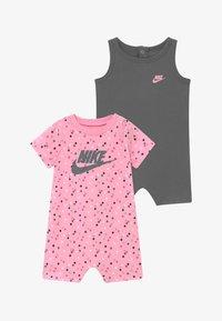 Nike Sportswear - ROMPER BABY SET - Jumpsuit - smoke grey - 3