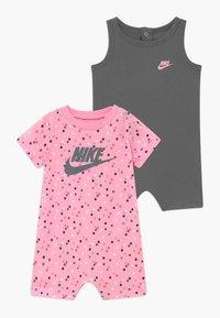 Nike Sportswear - ROMPER BABY SET - Jumpsuit - smoke grey - 0