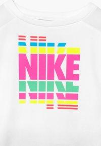 Nike Sportswear - SET - Leggings - black - 4