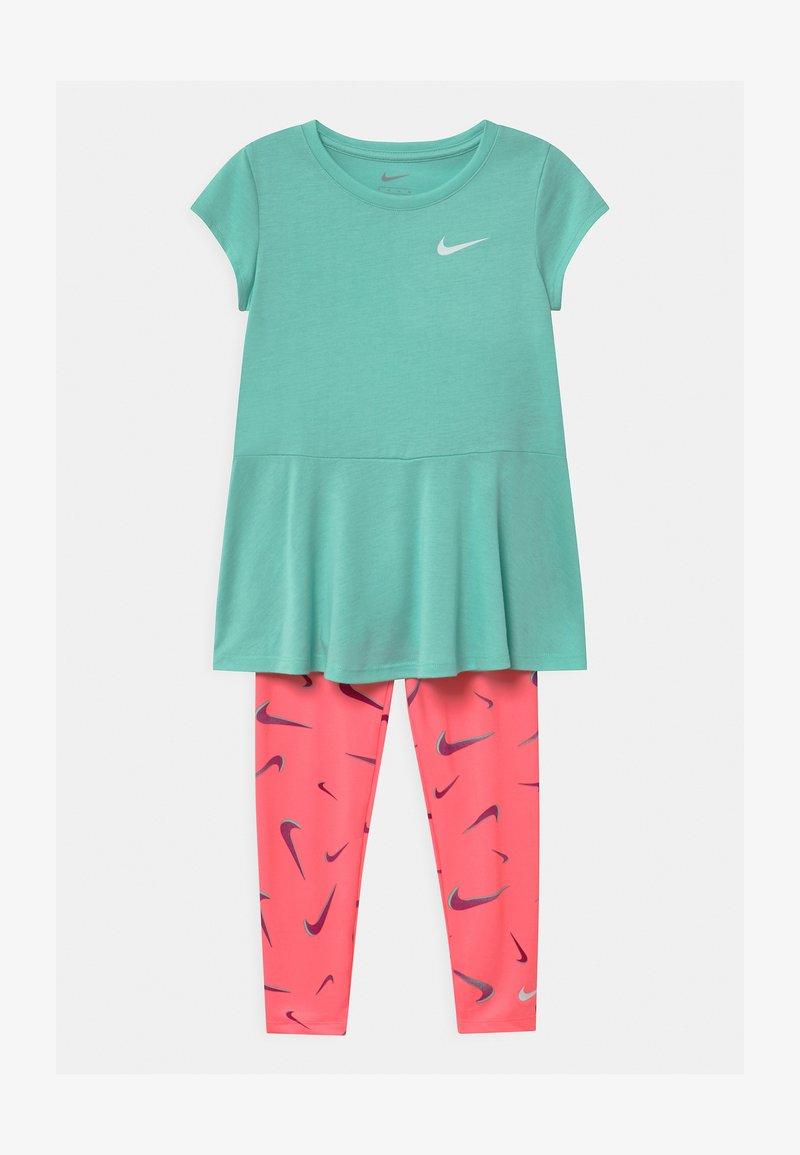 Nike Sportswear - SET - Leggings - Trousers - sunset pulse