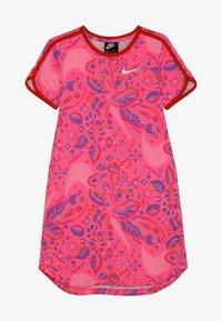 Nike Sportswear - DRESS  - Vestido ligero - hyper pink/habanero red/white - 3