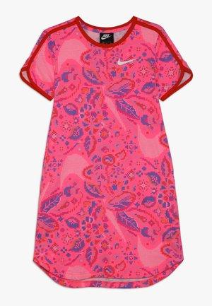 DRESS  - Jerseyklänning - hyper pink/habanero red/white