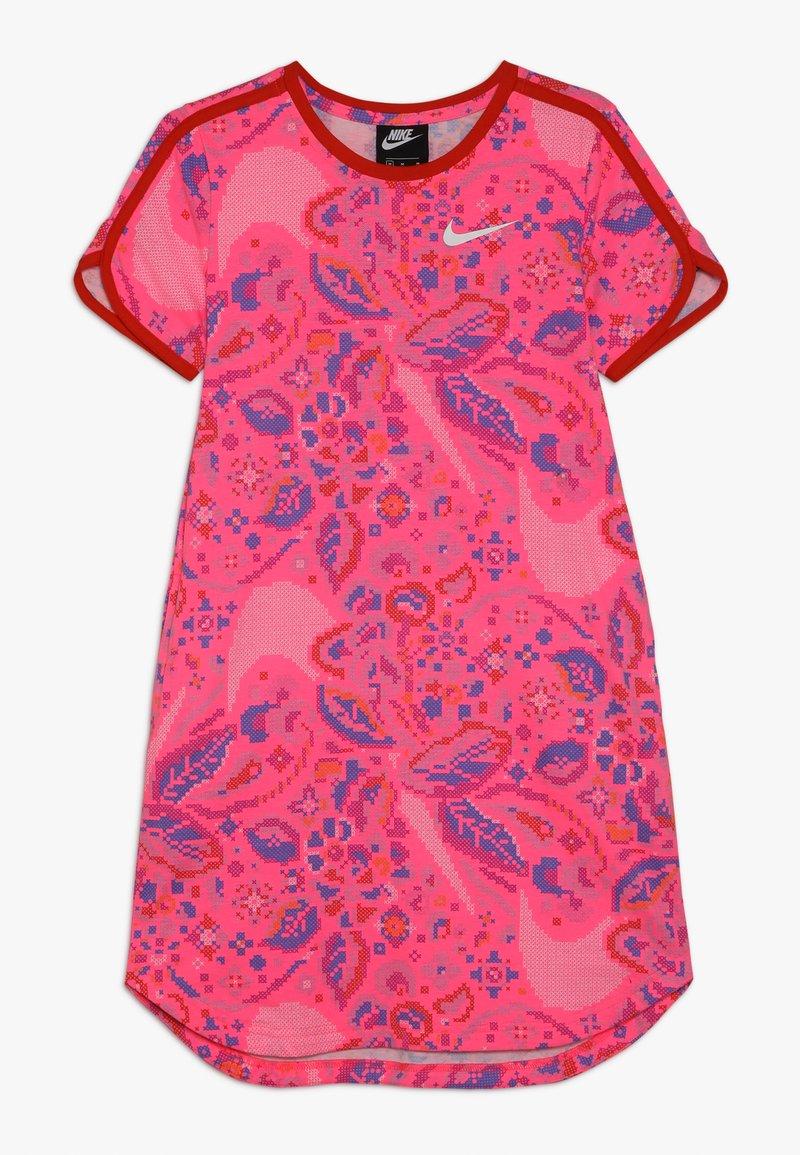 Nike Sportswear - DRESS  - Vestido ligero - hyper pink/habanero red/white