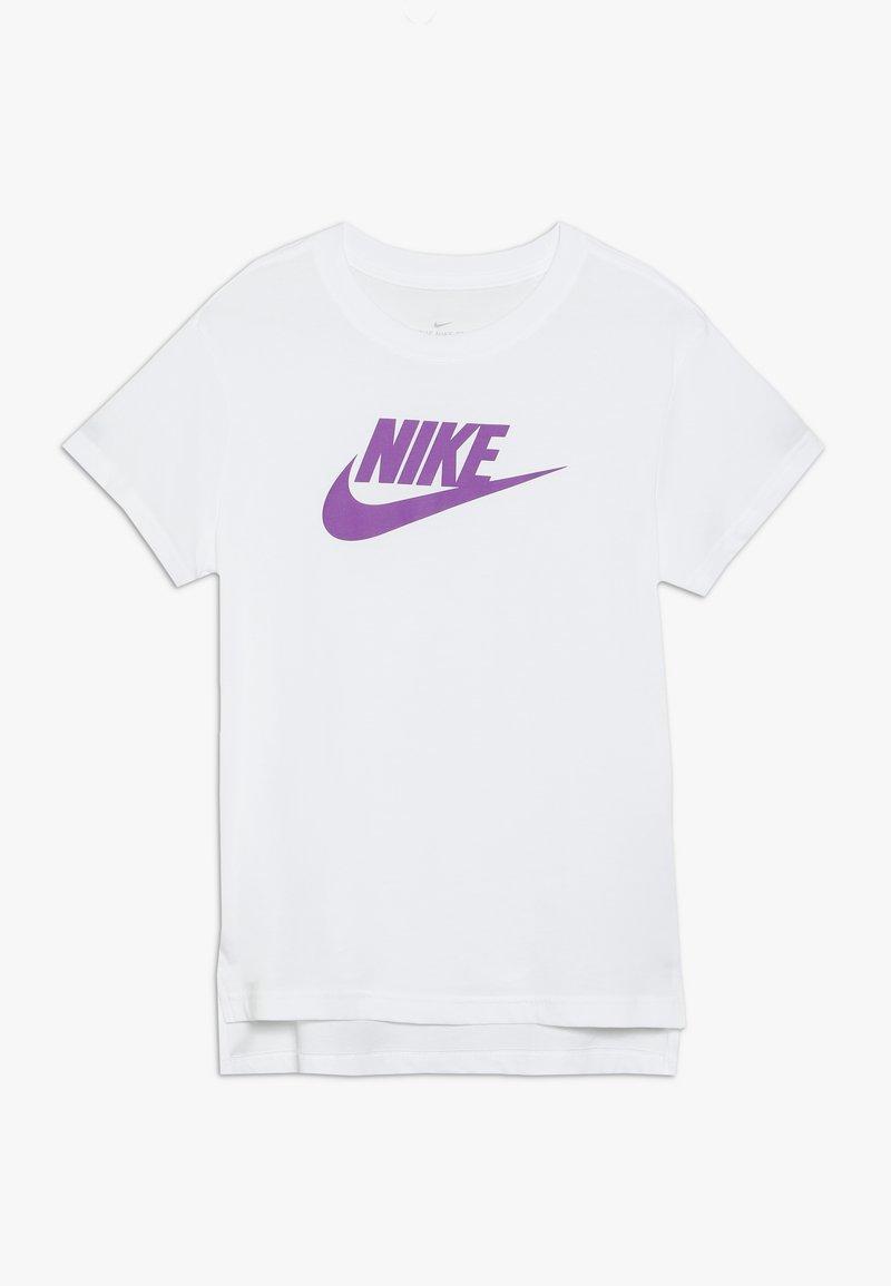 Nike Sportswear - TEE BASIC FUTURA - Camiseta estampada - white/vivid purple