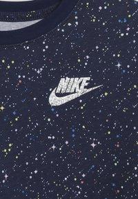 Nike Sportswear - TEE STARY NIGHT - Print T-shirt - blue void - 3