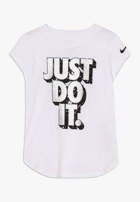 Nike Sportswear - JDI STARRY NIGHT TEE - T-shirt print - white - 0
