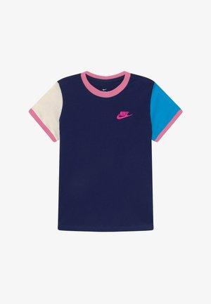 TEE RINGER FUTURA - Print T-shirt - blue void