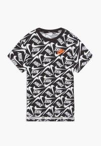 Nike Sportswear - T-shirt print - white/black - 0