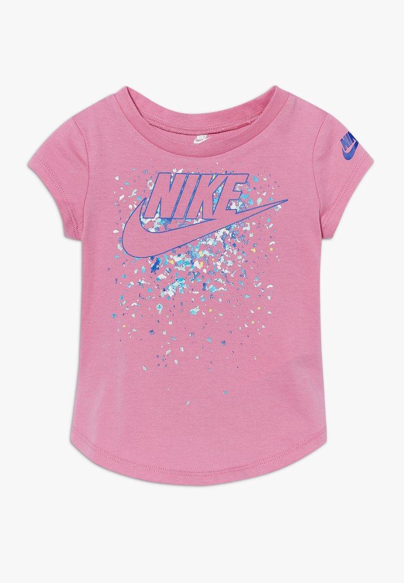 Nike Sportswear - FUTURA TEE BABY - T-shirt imprimé - magic flamingo