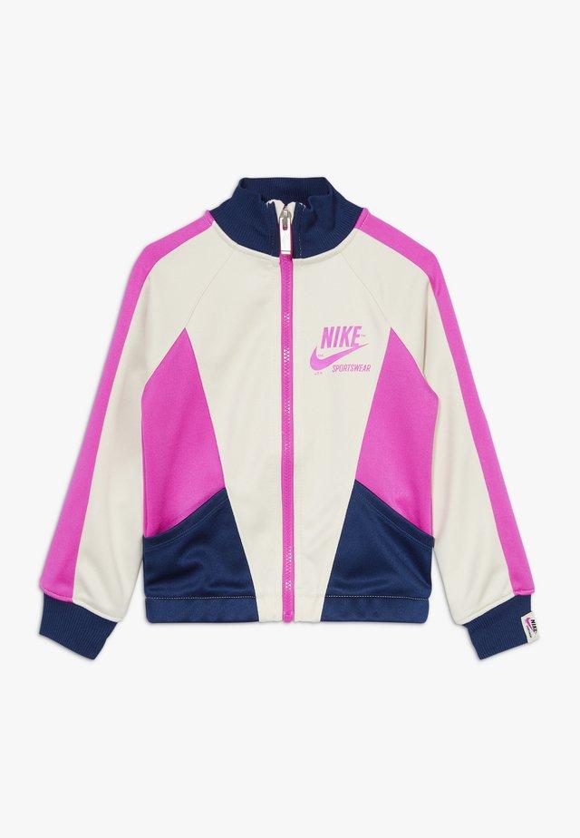 HERITAGE  - Träningsjacka - offwhite/dark blue/pink