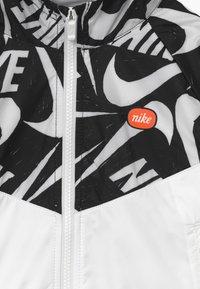 Nike Sportswear - G NSW WR JACKET JDIY - Giacca da mezza stagione - white/black - 3