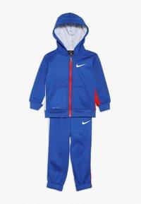 Nike Sportswear - ASYMMETRICAL SET - Survêtement - blue - 0