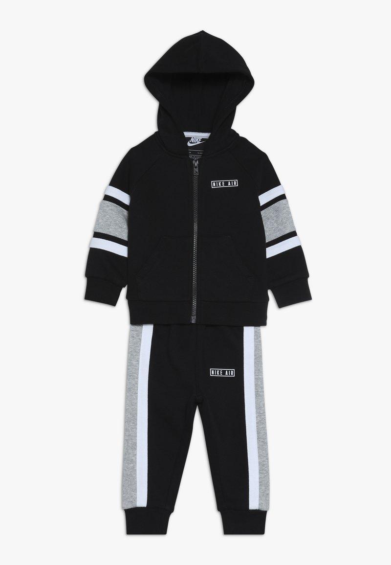 Nike Sportswear - AIR PANT BABY SET  - Sweatjacke - black