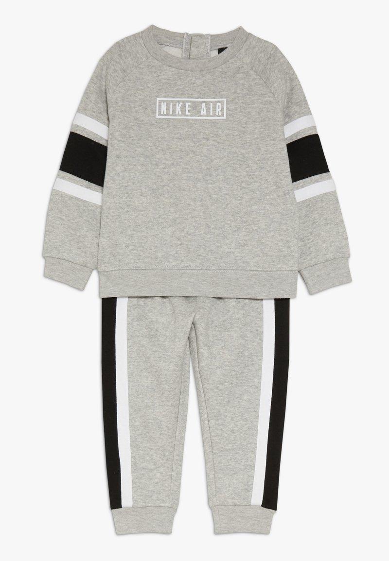 Nike Sportswear - AIR CREW BABY SET - Sweatshirt - grey heather