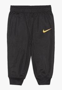 Nike Sportswear - LIGHT BODYSUIT PANT BABY SET - Pantalon de survêtement - black - 2
