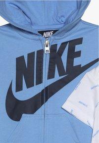 Nike Sportswear - TOSS PANT BABY SET - Body - midnight navy - 3