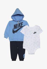 Nike Sportswear - TOSS PANT BABY SET - Body - midnight navy - 4