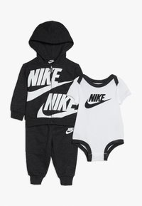 Nike Sportswear - SPLIT FUTURA PANT BABY SET - Body - black heather - 0