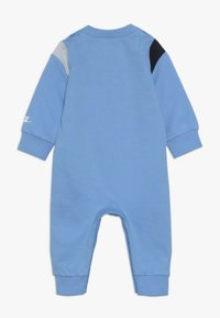 Nike Sportswear - COLORBLOCKED COVERALL BABY - Grenouillère - university blue - 1