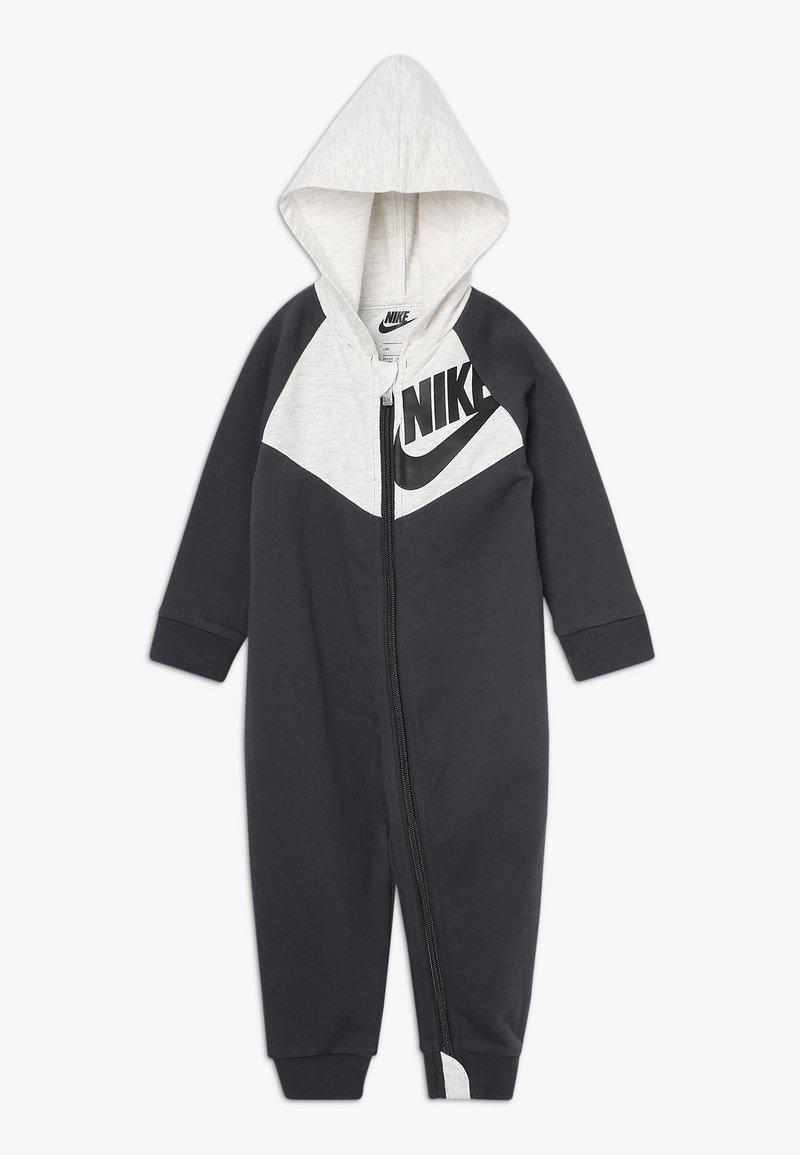 Nike Sportswear - CHEVRON COVERALL BABY - Grenouillère - anthracite