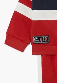 Nike Sportswear - AIR SET - Survêtement - university red - 4