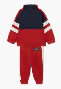 Nike Sportswear - AIR SET - Survêtement - university red - 1
