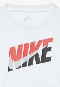 Nike Sportswear - BABY SET - Short - university red - 5