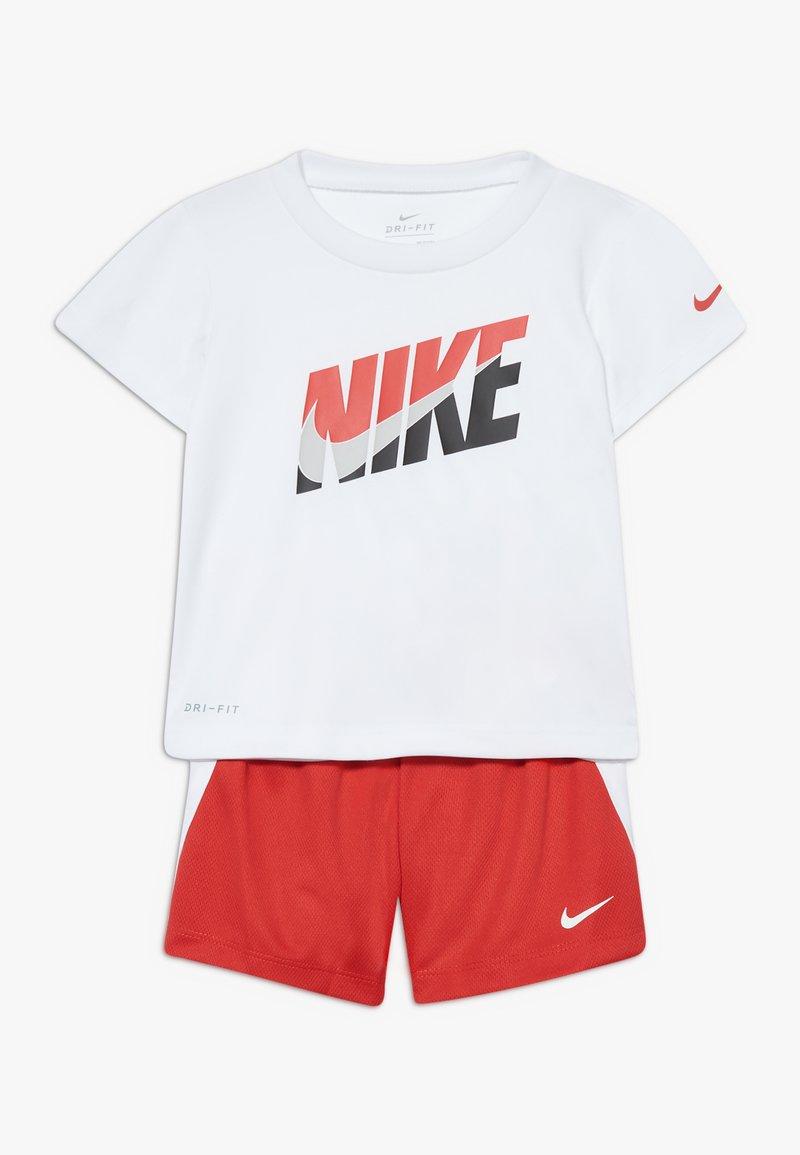 Nike Sportswear - BABY SET - Short - university red