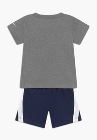 Nike Sportswear - BABY SET - Short - midnight navy - 1