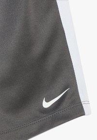 Nike Sportswear - SET BABY - Kraťasy - iron grey - 3