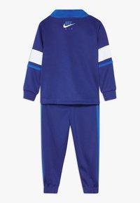 Nike Sportswear - AIR JOGGER SET BABY - Chándal - deep royal blue - 1
