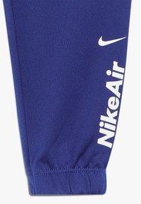 Nike Sportswear - AIR JOGGER SET BABY - Chándal - deep royal blue - 3