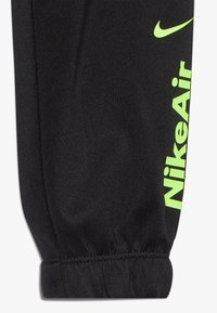 Nike Sportswear - AIR JOGGER SET BABY - Survêtement - black - 3