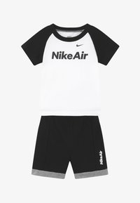 Nike Sportswear - AIR FRENCH BABY SET  - Pantalones - black - 3