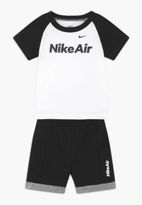 Nike Sportswear - AIR FRENCH BABY SET  - Pantalon classique - black - 0
