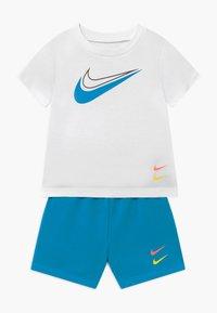 Nike Sportswear - BABY SET  - Trousers - laser blue - 0
