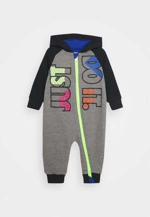 FLY HOODED COVERALL - Jumpsuit - carbon heather