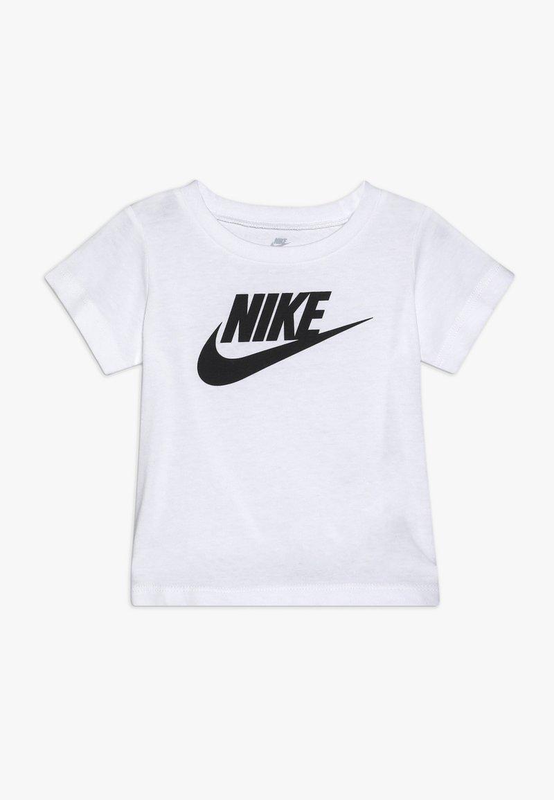 Nike Sportswear - FUTURA TEE BABY - Print T-shirt - white