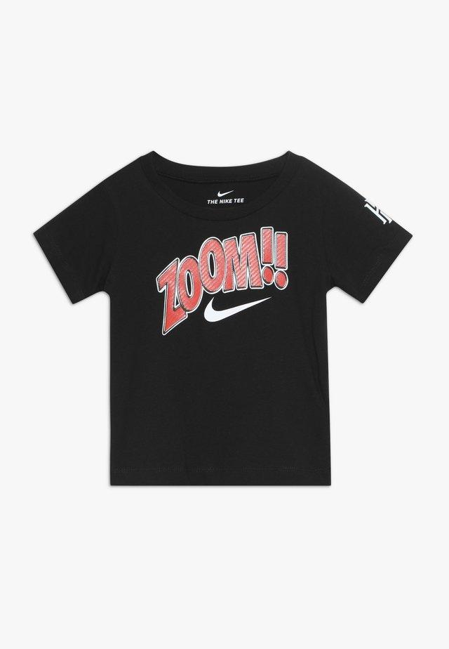 ZOOM TEE - Camiseta estampada - black