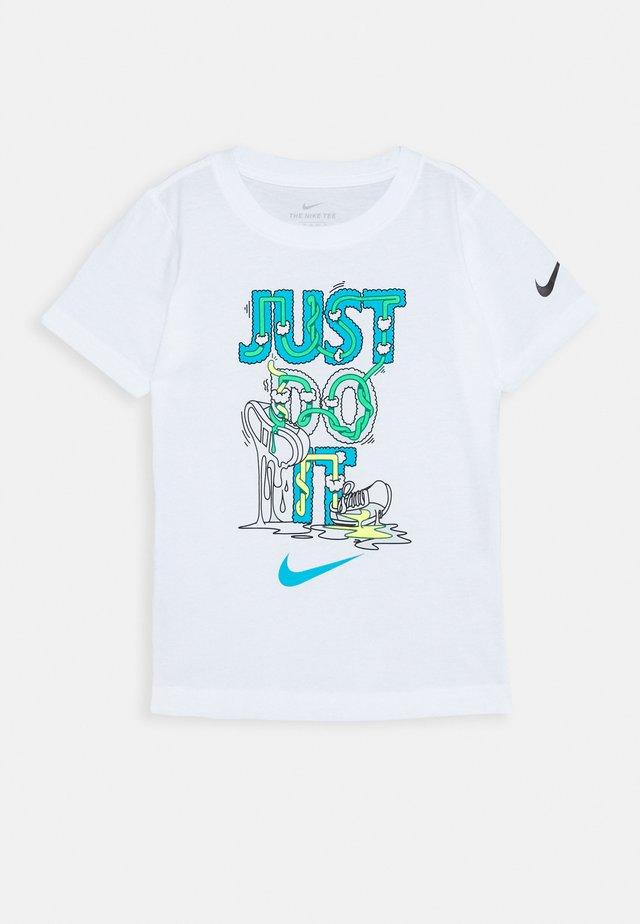 BOYS TEE - T-shirt print - white