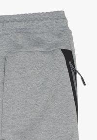 Nike Sportswear - Pantalon de survêtement - grey heather/black - 2