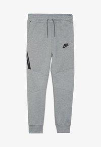 Nike Sportswear - Pantalon de survêtement - grey heather/black - 3