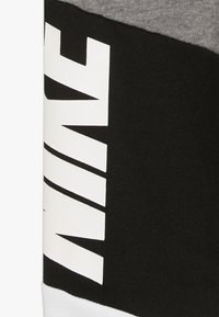 Nike Sportswear - NIKE CORE PANT - Träningsbyxor - carbon heather - 2